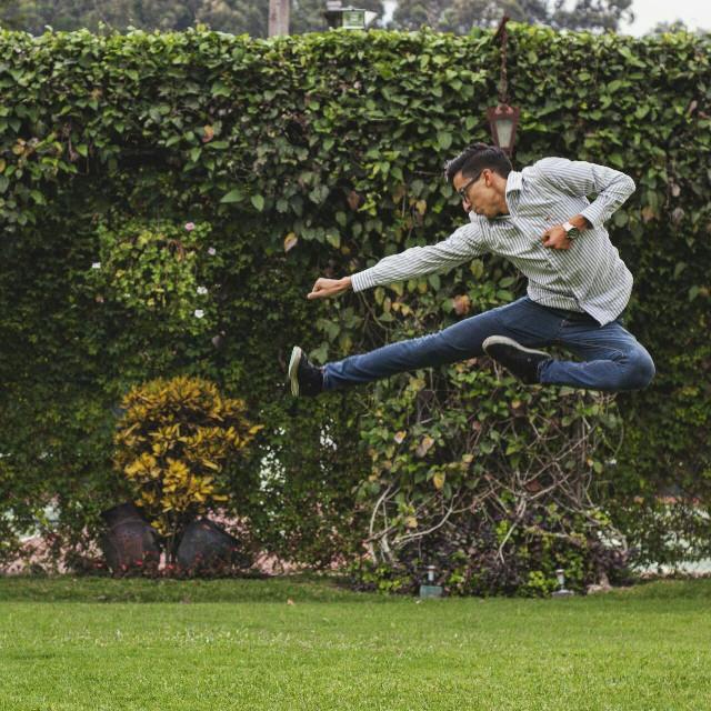 #PFG #GT #tipocochapin #vscocam #instagram #peoplefromguatemala #lifeofaventure #style #men #jump #karate