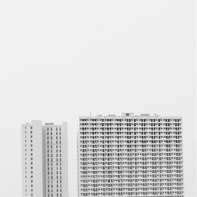 Yang besar yang berkuasa #mono #monoart #monochromatic #monominimalism #minimalism #minimalismpics [ for more pic follow my instagram @riosaji ]