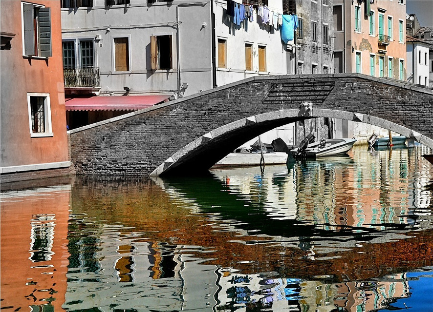 Chioggia. #reflection #colorsplash #blackandwhite #emotions #bridge #buildings #windows #photography #summerstory #travel