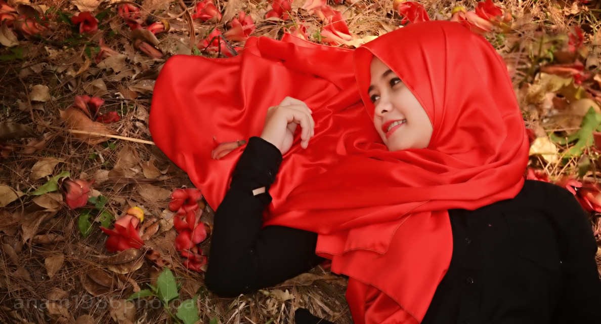 in red  #hijabgirl #photography  #nature  #people
